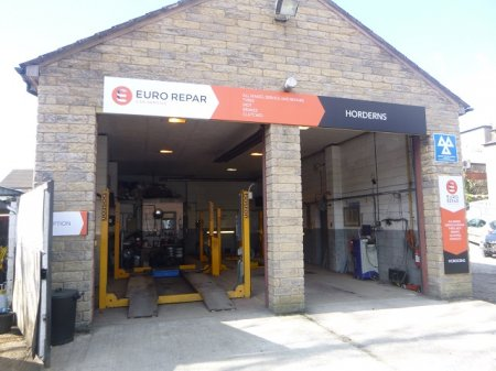 HORDERNS MOTOR HOUSE REBRANDS AS AN EURO REPAR CAR SERVICE CENTRE.