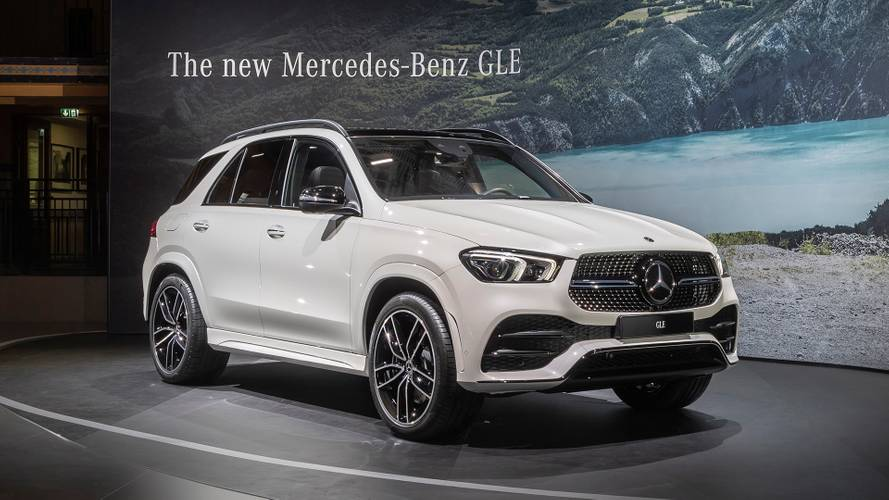 mercedes benz EQC paris motor show