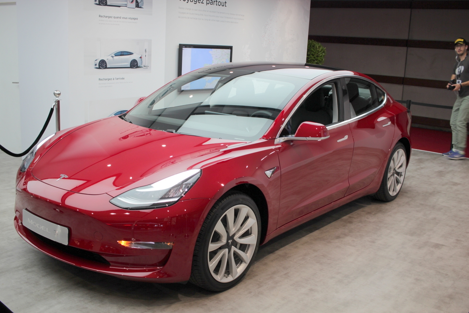 tesla model 3 paris motor show
